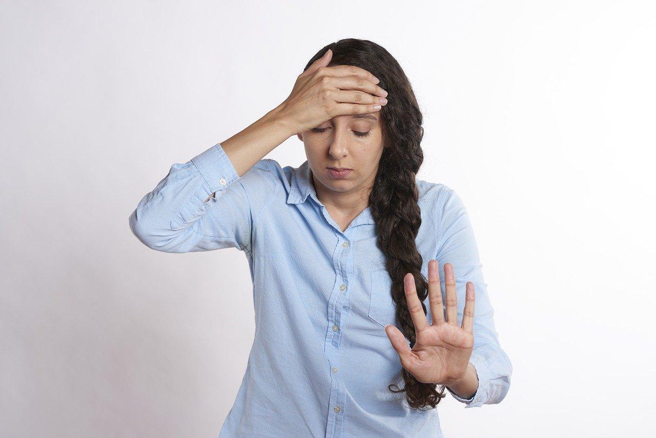 Bild von CBD bei Migräne – Wie kann Cannabitiol helfen? Erfahrungen